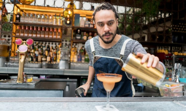 Why It's Hard to Work a Traditional Job After Bartending