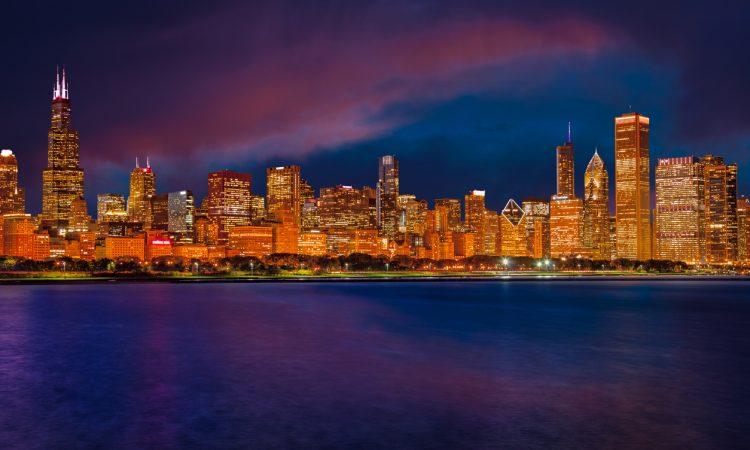 7 Iconic Chicago Bars